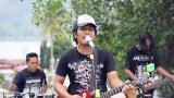 Video Lagu Lagu Batak 'Martumba' Aransement baru by a band, Live jamming & live Sound Music baru di zLagu.Net